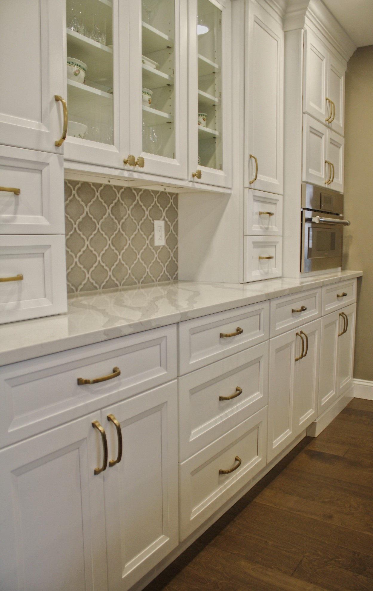 New Kitchen Cabinets in White